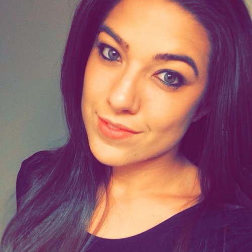 Nicole Ibinarriaga's Profile on Staff Me Up