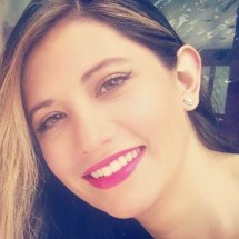 Elizabeth Bernal's Profile on Staff Me Up