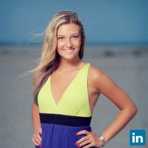 Julia Gosin's Profile on Staff Me Up