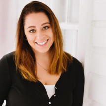 Samantha Ponzillo's Profile on Staff Me Up