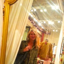 Marisa Mraz Robbins's Profile on Staff Me Up
