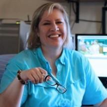 Sandy Holland's Profile on Staff Me Up