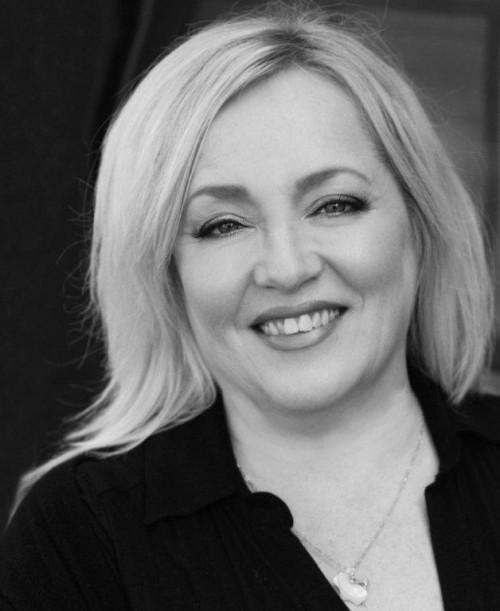 Jenny McPhee's Profile on Staff Me Up
