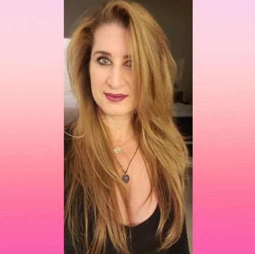 Debra Weite's Profile on Staff Me Up