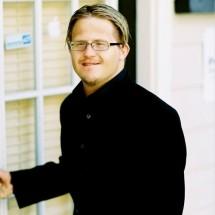 Evan Vourazeris's Profile on Staff Me Up