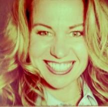 Jennifer Wolfe's Profile on Staff Me Up