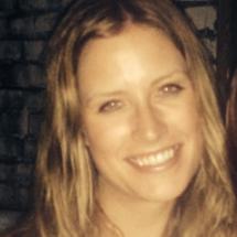 Elizabeth Taujenis's Profile on Staff Me Up