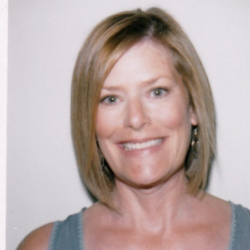 Julie Tosh's Profile on Staff Me Up