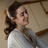 Elizabeth Hagale's Profile on Staff Me Up