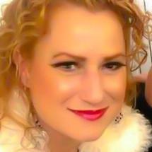 Melissa Holt's Profile on Staff Me Up