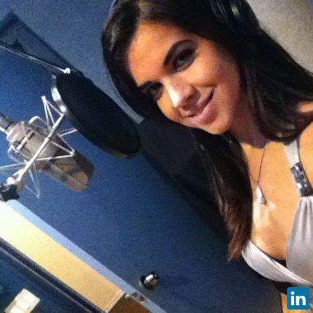 Bruna Cristina's Profile on Staff Me Up