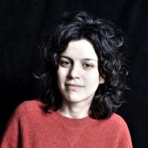 Luiza Sá-Davis's Profile on Staff Me Up