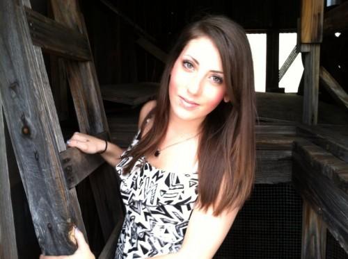 Amanda Dunn's Profile on Staff Me Up