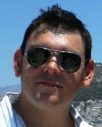 Ian Linares's Profile on Staff Me Up