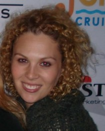 Sara Woomer's Profile on Staff Me Up