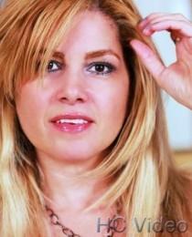 Julia Mora's Profile on Staff Me Up
