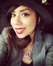 Elizabeth Magallanes's Profile on Staff Me Up
