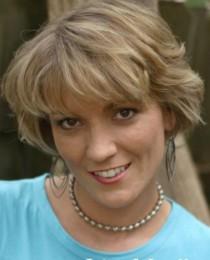 Lisa Mueller's Profile on Staff Me Up