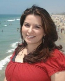 Mona Abdullah's Profile on Staff Me Up