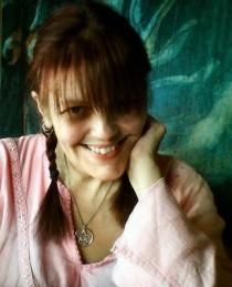 Julie Wakefield's Profile on Staff Me Up