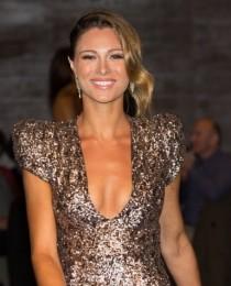 julia vogl's Profile on Staff Me Up
