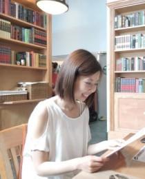 Elaine Wong's Profile on Staff Me Up