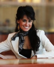 Alexi-Noelle O'Brien-Hosein's Profile on Staff Me Up
